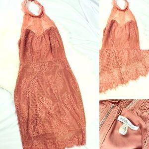 CHARLOTTE RUSSE HALTER NECK BODYCON DRESS